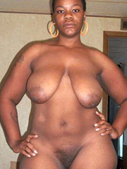 Awesome black BBWs and housewives caught naked pictures