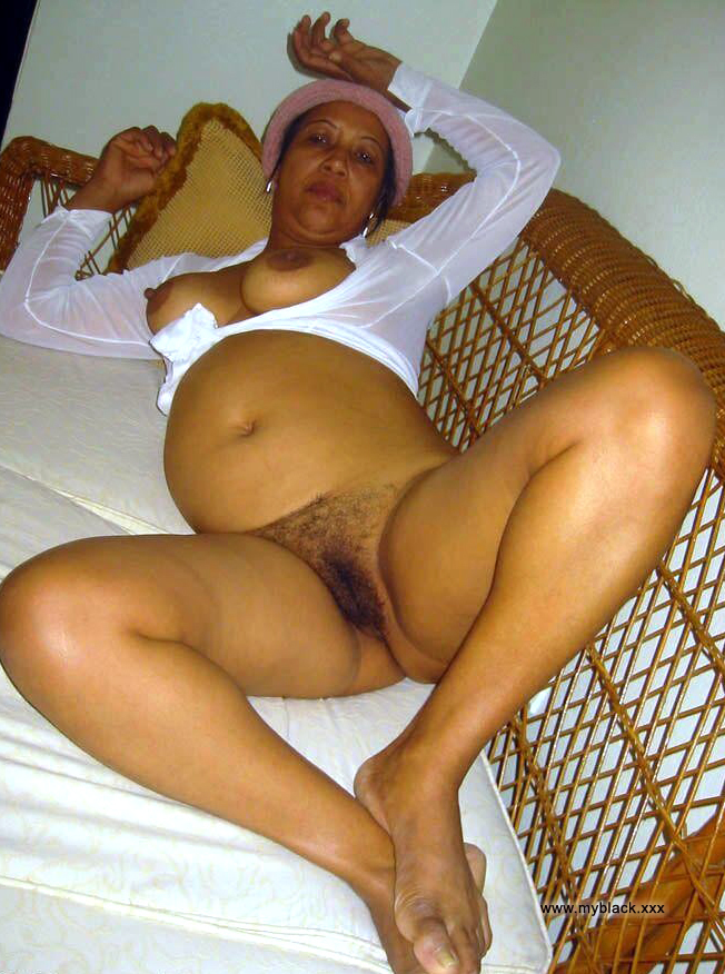 young-black-action-nude