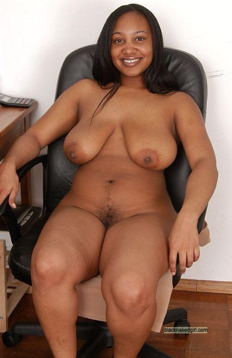 black woman nude curvy