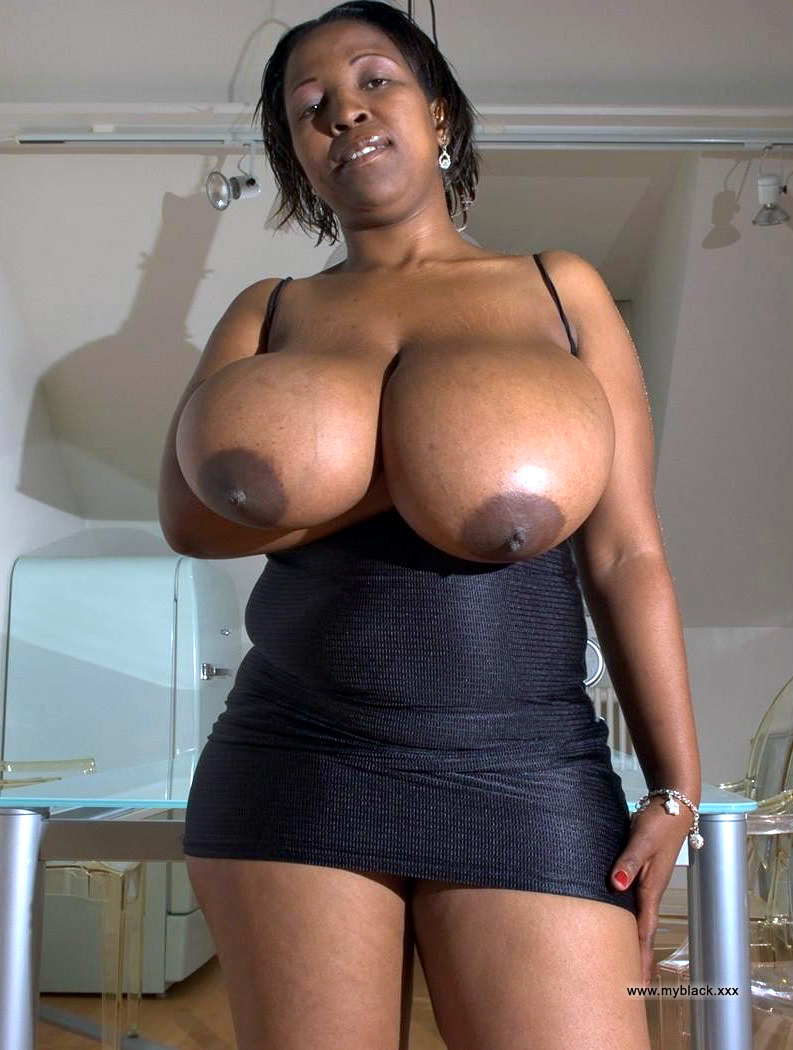 Naked ebony housewives with some raunchy sex appetite.