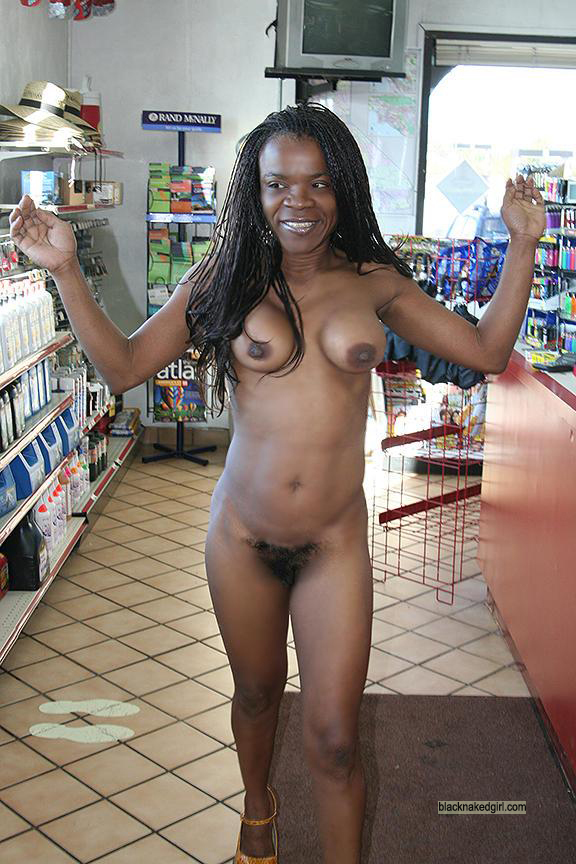 Nude Public In Black Hot Girl