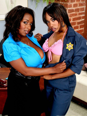Black babes Panther and Vivicia Coxx showing off big tits..