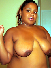 Big ebony boobs wives and sex-starved black women posing..